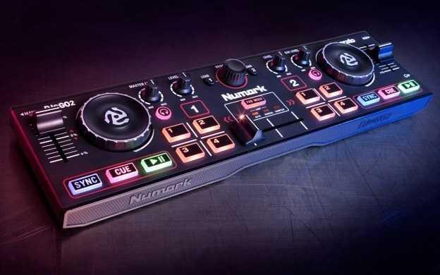 DJ2GO 2 DJ Controller