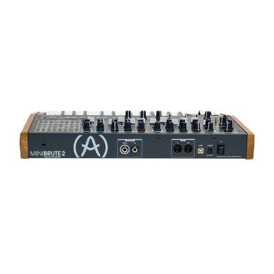 MiniBrute 2 - %100 Analog, semi modular Hybrid Synth